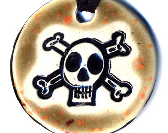 Skull and Crossbones Ceramic Necklace in Speckled Brown