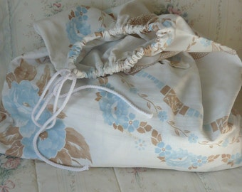Laundry bag, travel bag, upcycled fabric, upcycled tablecloth, drawstring bag, cottage chic, shabby decor
