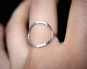 Skinny Sterling Silver Infinity ring, sterling silver circle ring, hammered silver infinity ring, delicate thin silver ring