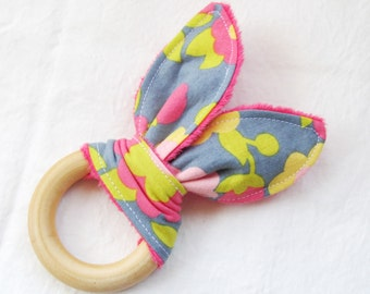 Natural Wooden Teether with Crinkles - Hullabaloo Floral with Pink Minky Dot - New Baby Gift - Natural Teething