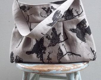 Grey Black Bird Bag Print Bga - 3 slip pockets - Key Fob