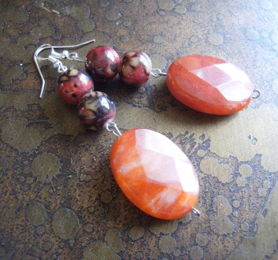 Hot n Spicy Glass and Agated Beaded Dangle earrings