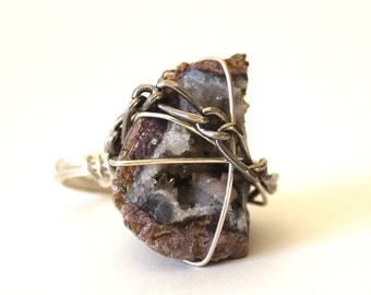 Sparkly Geode Crystal Ring that Rocks size 5