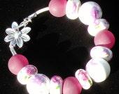 Piurple Flower Beaded Bracelet