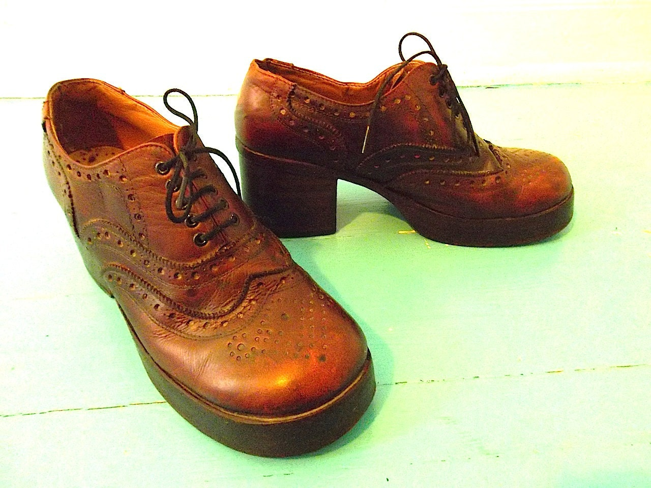 Vintage Platform Shoes 60s 70s Wing Tip Lace Up Disco Shoes