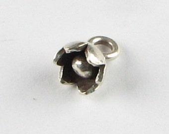 Hill Tribe Fine Silver .999 Bell Shaped Little Flower Charm Pendant (1 piece)