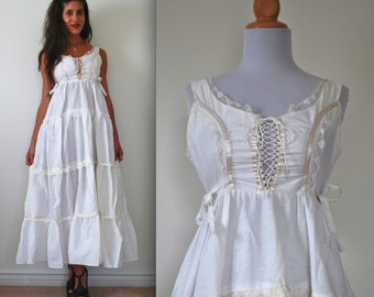 SUMMER SALE/ 30% off Vintage 70s Wendy Lady Tiered Cotton Prairie Dress (size xs, small)