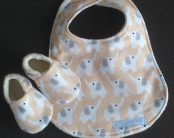 Baby Gift Set, Matching Bib and Baby Shoes, Organic Flannel, Baby Slippers,  Peach, Elephants, Eco-Friendly, Fanfare Flannel, Baby Shower