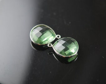 Matching green pear pendant sterling silver 2 pieces 20.00 LIMITED QTY