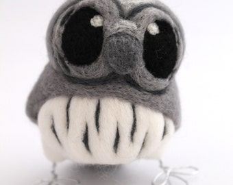 Needle Felted Bird Grey Owl Little Owl in Grey, Felt Owl, Felt Bird Ornament