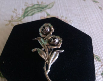 Silver Flowers and Leaves Brooch