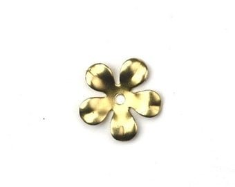Stampings Stackable Flowers with Hole 5 Petal 13mm (10) FI664