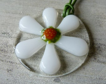 Daisy necklace -  fused glass pendent