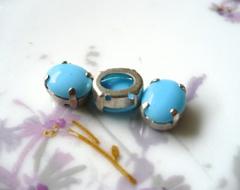 3 Preset Turquoise Glass Jewels C15