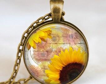 Sunflower pendant , Sunflower necklace , sunflower jewelry ,spring jewelry,  spring flower gift idea , sunshine necklace