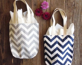 Chevron Totes - Bridesmaid Gift Bags - 6 Mini Tote Bags - Maid of Honor Gifts - Welcome Bags - Wedding Favors - Chevron Bags