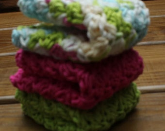Sprng is Bloomin Cotton Crochet Wash Cloths - Set of 3