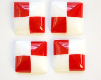 Vintage Red and White Check Acrylic Cabochons 17mm (4) cab843A