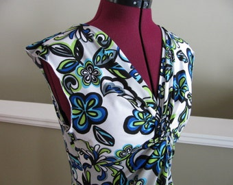 Bright floral rayon twisted dress-one left size M