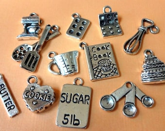12 Baking Collection Charms ITEM:S14