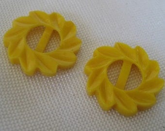 Set of 2 VINTAGE Small Yellow Spiral Flower Petal Plastic Belt Buckles