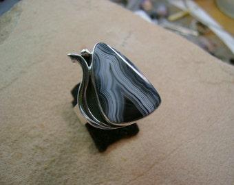 Tuxedo Agate Ring - Size 7.5