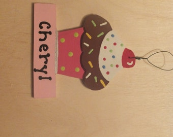 Cupcake Christmas Ornament - Personalized