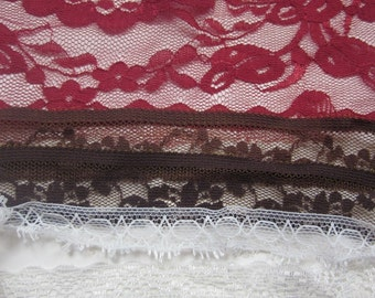 Red and Brown Lace Pack