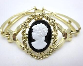 Cameo Bracelet - Black & White Gold Costume Jewelry