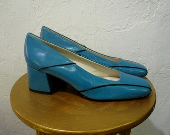 Vintage 1990's Blushe by Spiegel Turquoise Leather Pumps Chunky Heel Low Heel ~ size 6.5