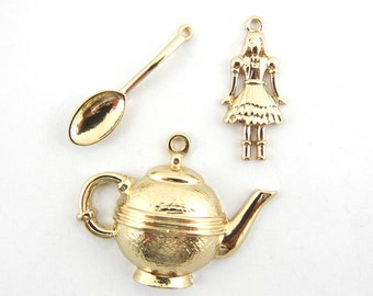 Set of 3 Alice in Wonderland Themed Charms Gold-tone
