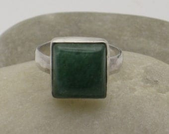 Chrysoprase and sterling ring
