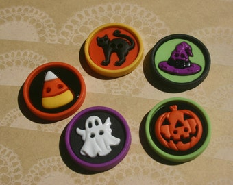 """Halloween Buttons - Jack O Lantern Witch Hat Ghost Cat Candy Corn Button - 1"""" Wide - 5 Bold Sewing Buttons"""