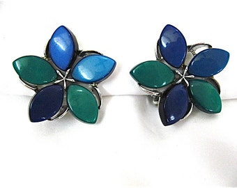 ON SALE was 16.99 Vintage Blue and Green Lisner Earrings