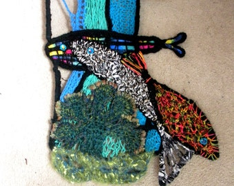 FREE SHIP Recycled Tomato cage fiber art 3 fish and coral seascape sculpture wall hanging - BearlyArtDesigns