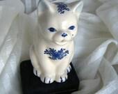 Cute Delft Style Vintage Cat Creamer