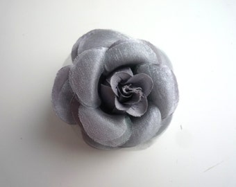 SMALL ROSE , Silver Grey  / 08