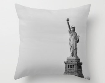 New York Statue of Liberty Throw Pillow Cover - Statue of Liberty, New York, Black and white NYC