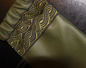 Olive LEATHER Pouch/Wallet with Embroidered CELTIC Trim