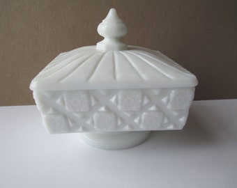 Vintage Westmoreland Old Quilt Milk Glass Footed Honey Jar with Lid