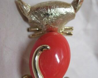 Cat Coral Orange Brooch Gold Vintage Pin Kitten