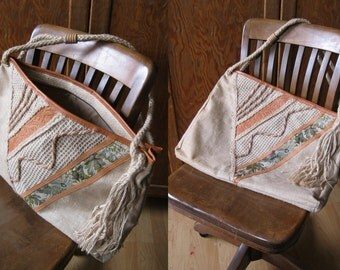 Vintage Italian jute boho bag, with embossed leather and floral patterned woven fabric