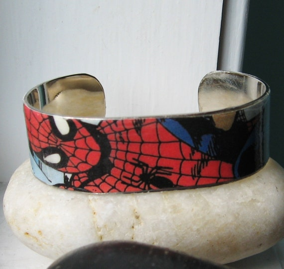 SPIDERMAN Vintage Comic Book Upcycled Cuff Metal Bracelet Marvel Comic Books