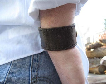 Plain Brown Leather Cuff Bracelet Textured Mens 8 inch Under Construction Sale