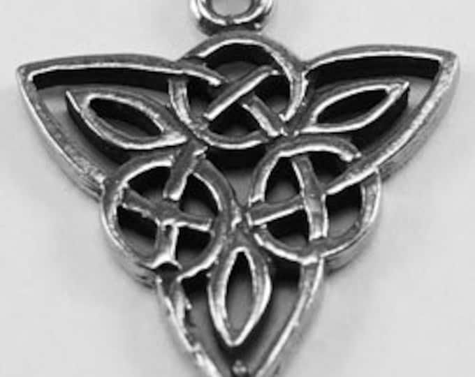 x2 Celtic knot 1 Bail Australian Petwer (R113)