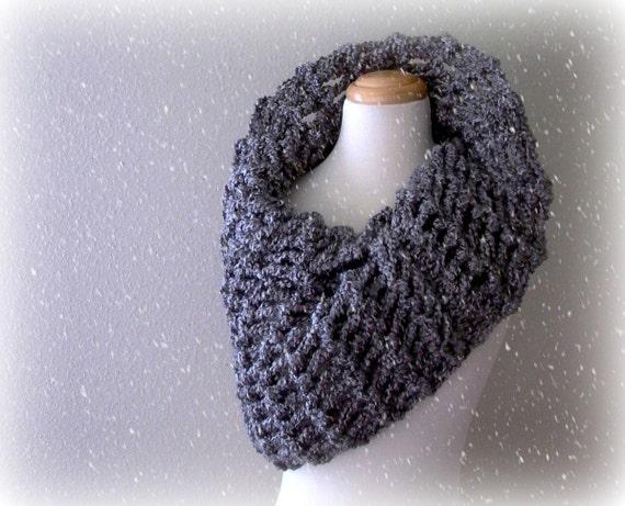 arctic circle. chunky knit gray cowl . handknit grey neck warmer snood . oversized warm winter cowl