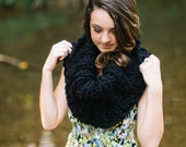 Black Extra Chunky Cowl // Warm Ebony Infinity Scarf // Collared Jet Black Circle Cowl