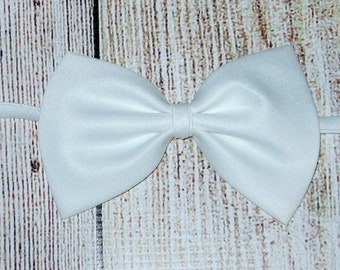 Baby Boys Bow Tie Baby White BowTie  Wedding Ring Bearer bowtie infant toddler kids, photo prop,birthday, little mansInfant Bowtie