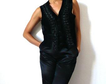French Vintage Black Velvet Ruffles Vest