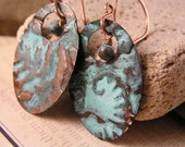 Copper Patina Earrings, Copper Oval Earrings, Handmade Hammered Pattern Copper Patina Earrings, Copper Turquoise Earrings, Metal Earrings